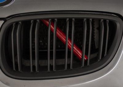 BMW Nieren Streben Rot